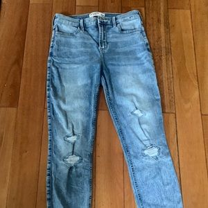 Abercrombie and Finch light wash kids jeans